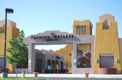 Commercial Painting - Shopping Center - Santa Fe Fashion Outlets - Santa Fe, New Mexico